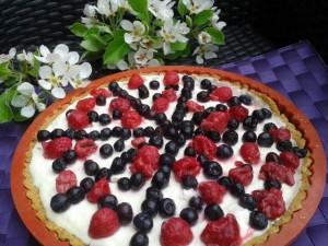 Torta s krémom z bielej čokolády a mascarpone