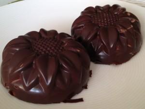 Lahodný írsky dezert v škrupinke z jemnej čokolády