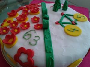 Piškótovo-čokoládová torta pre dvoch oslávencov